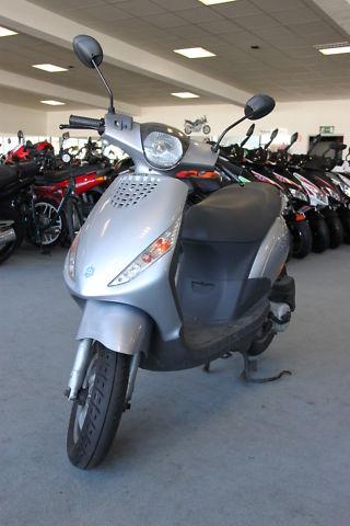 Piaggio ZIP 50 Motorroller (1)