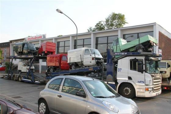 Ein Autotransporter wird zum Ape Transporter 003